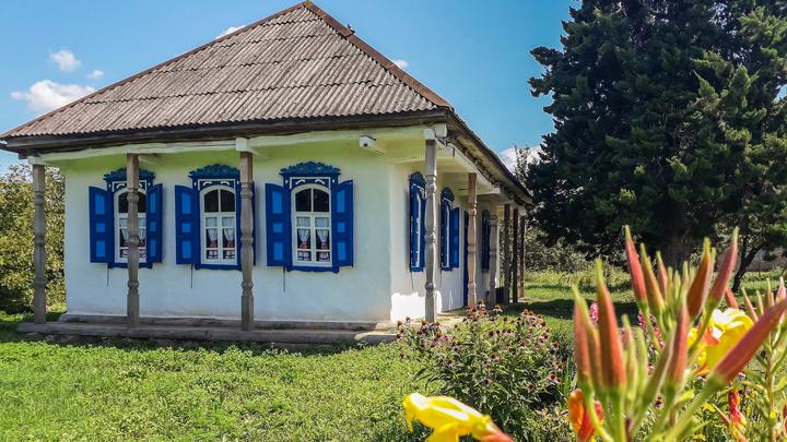 Музей «Хата атамана»: как энтузиаст реконструировал столетний казачий дом в старинных традициях